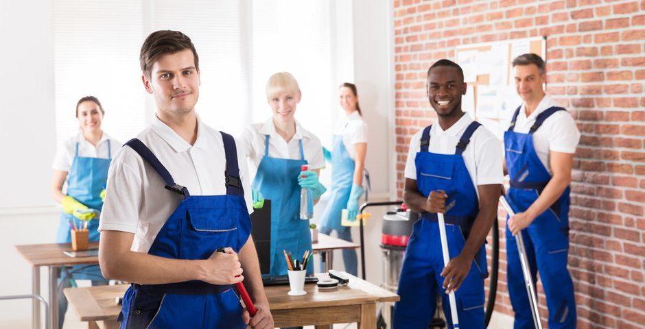 Entretenir la propreté de ses locaux de bureau : les raisons de l'embauche d'un pro