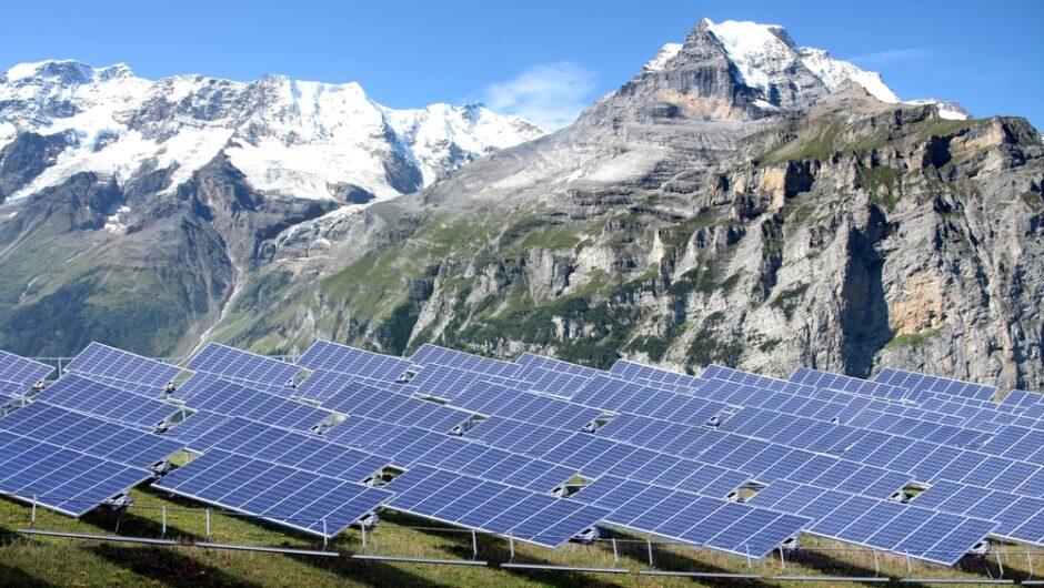 Quelle solution photovoltaïque convient aux professionnels?